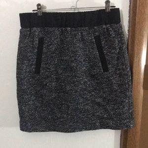 Ann Taylor Loft | Wool Blend Pencil Skirt